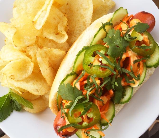 Hoffy Banh Mi Hot Dog