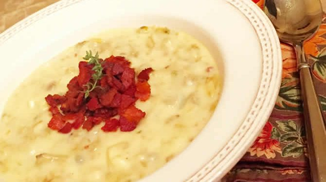 Hoffy Bacon Topped Clam Chowder
